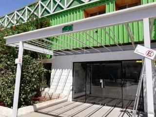 Almacenes Industriales: Bodegas de estilo  por Remodelaciones Santiago Eirl, Industrial