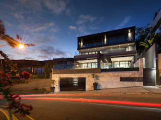House Ocean View 331 Fresnaye:  Villas by KMMA architects