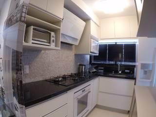REFORMA APARTAMENTO ALTO PADRÃO | MOEMA | 76 M² ABBITÁ arquitetura Cozinhas pequenas