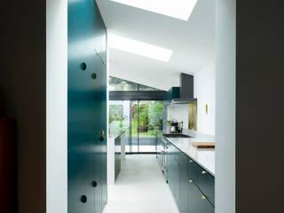 Cranfield Road Modern Kitchen by Gruff Modern