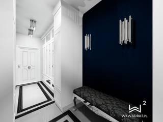 Hol w apartamencie Wkwadrat Architekt Wnętrz Toruń Klasyczny korytarz, przedpokój i schody Płytki Niebieski