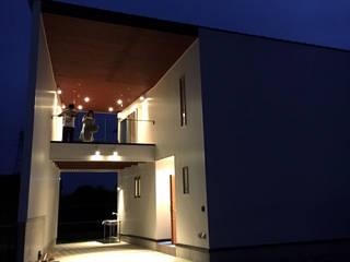 建築家 梶原清悟先生の作品「切り拓く家」: アールプラスハウス 津(株式会社高正工務店)が手掛けた一戸建て住宅です。,
