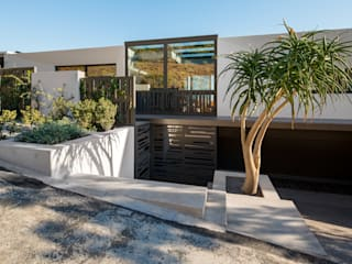 HOUSE SEALION | FRESNAYE Wright Architects Villas Aluminium/Zinc Multicolored