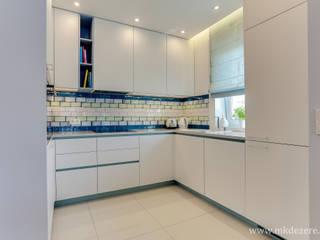 Projekt mieszkania w stylu skandynawskim. od MKdezere projektowanie wnętrz Skandynawski