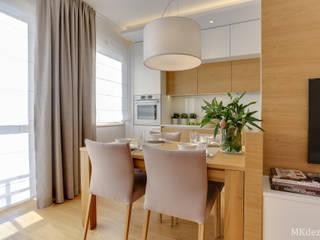 Projekt przytulnego mieszkania na Bemowie. Skandynawska jadalnia od MKdezere projektowanie wnętrz Skandynawski