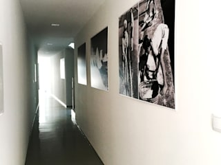 Reconstrução de Edifício Multi-familiar, Rua Eça de Queiroz, Aveiro Corredores, halls e escadas modernos por GAAPE - ARQUITECTURA, PLANEAMENTO E ENGENHARIA, LDA Moderno