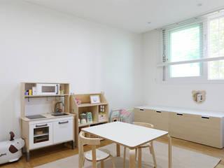 분당 장안건영 32py아파트: 트리플디자인의  아이방