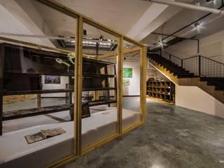 내츄럴디자인컴퍼니 Музеї