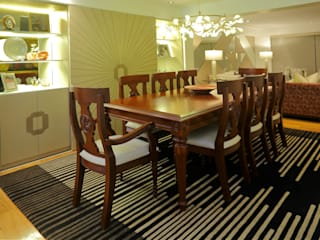 Modern Dining Room by Mario Ramos Modern
