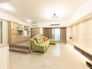 WANG House‧捷運世代 现代客厅設計點子、靈感 & 圖片 根據 元作空間設計 現代風