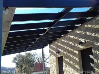 Projecto e Construção de Cobertura de Vidro e Vedação - Gouveia: Jardins de Inverno  por Tepsol, Lda,