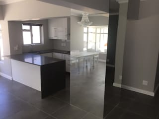 Sea Point Vishay Interiors Built-in kitchens Marble Black