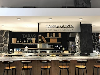 Tapas Guria - Perisur Gastronomía de estilo clásico de Onno Arquitectos Clásico