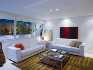 Moderne Esszimmer von Viviane Cunha Arquitectura Modern