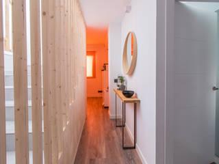 Edificio Plurifamiliar Cambrils: Escaleras de estilo  de mesquearquitectura