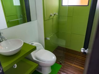Salle de bain moderne par Camacho Estudio de Arquitectura Moderne