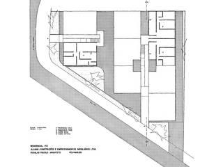 von Douglas Piccolo Arquitetura e Planejamento Visual LTDA. Modern