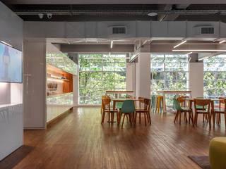 Oficinas Acamica Buenos Aires Estudios y oficinas modernos de Estudio Frias Arquitectos Moderno
