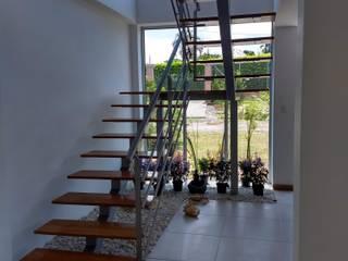 de Ariah Constructora Moderno