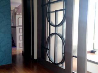 Pasillos y vestíbulos de estilo  por ARQUITECTURA Y DISEÑO CB, Moderno