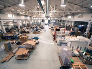 Urby - Industria de Mobiliário by Acrilmolde Bangunan Kantor Gaya Industrial