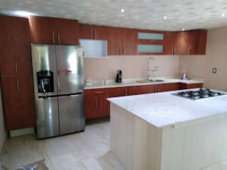 von Cocinas y closets 'REDiZ' Modern