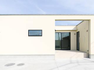 ミニマルデザインが美しい平屋の家 モダンな 家 の ナイトウタカシ建築設計事務所 モダン