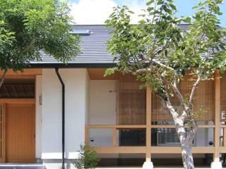 むくり屋根の家 の 永井政光建築設計事務所 和風