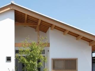 青塚山の平屋の家 の 永井政光建築設計事務所 和風