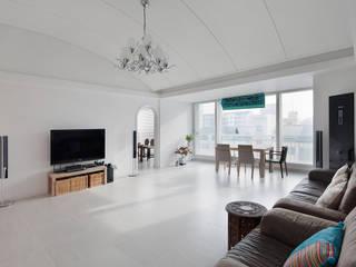 Salon classique par BK Design Studio Classique