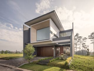 Houses by Rakta Studio, Modern
