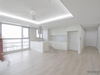 Minimalist living room by N디자인 인테리어 Minimalist