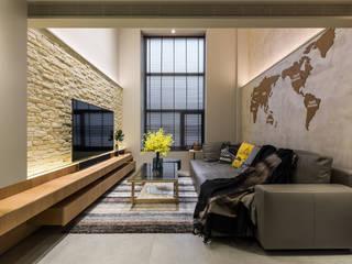 Dinding & Lantai Modern Oleh 竹村空間 Zhucun Design Modern