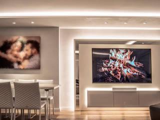 Exklusive Lichtplanung einer Designer Wohnung Moderne Wohnzimmer von Moreno Licht mit Effekt - Lichtplaner Modern