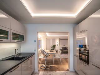 Exklusive Lichtplanung einer Designer Wohnung von Moreno Licht mit Effekt - Lichtplaner Modern