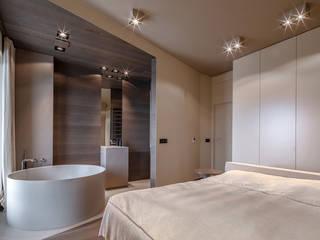 Wanny wolnostojące na wymiar Nowoczesna łazienka od Luxum Nowoczesny