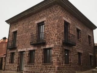 Construir una casa en Burgos de riarsa 2006 constructores en burgos Rústico