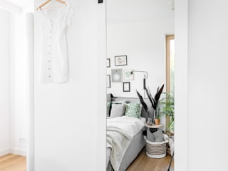Minimalist bedroom by Fuga Architektura Wnętrz Minimalist
