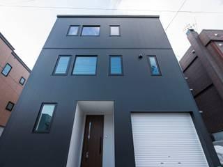 K HOUSE2 モダンな 家 の 安藤建設株式会社 モダン