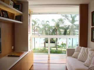 Klassische Wohnzimmer von Viviane Cunha Arquitectura Klassisch