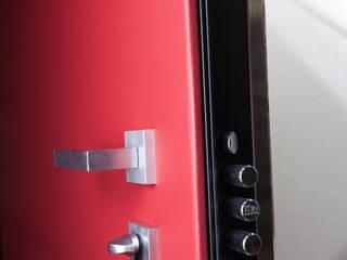 Modern style doors by Ercole Srl Modern