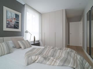 Bedroom by Urbana Interiorismo, Modern