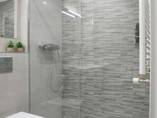 Bathroom by Urbana Interiorismo, Modern