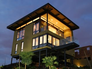Hillside Haven - Loft House Bassonia CKW Lifestyle Associates PTY Ltd Multi-Family house