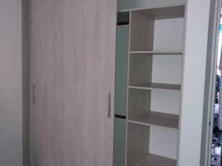 Closet arriko:  de estilo  por Steven palta diseñador interiores, Moderno