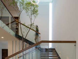 Stairs by SAUL LARA arquitectos, Modern