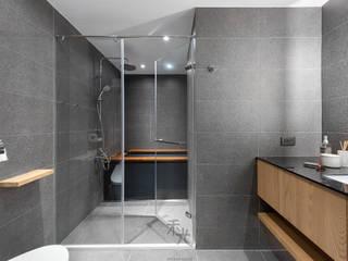 理性+感性 現代浴室設計點子、靈感&圖片 根據 禾光室內裝修設計 ─ Her Guang Design 現代風