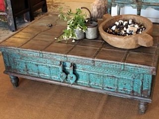 Craved living room furniture: rustic  by Kings crafts co,Rustic
