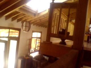 de estilo  por DIMACO Diseño en Madera y Construccion