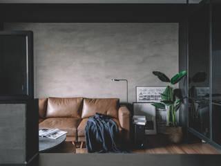Salas de estar minimalistas por 木介空間設計 MUJIE Design Minimalista